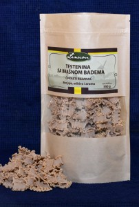 Testenina sa brašnom badema – čipkasti rezanac